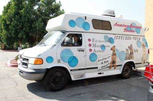 mobile-grooming-van